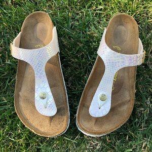 Birkenstock Gizeh Printed Thong Comfort Sandals